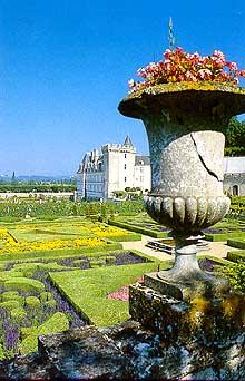Вид на знаменитые сады Вилландри